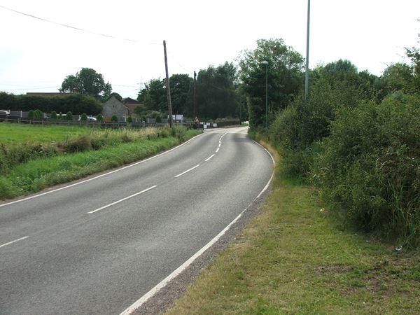 Image,  UK, England, Notts, public foot path between Market Warsop and Sookholme
