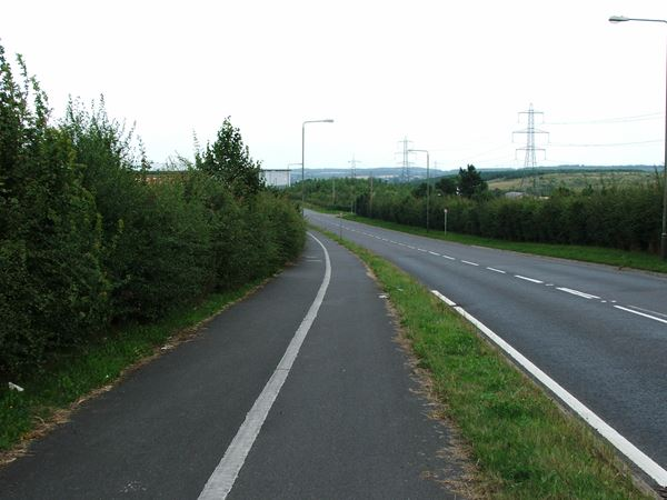 Image, UK, England, Derbyshire, the road between Woodland Farm and Hodhill Farm